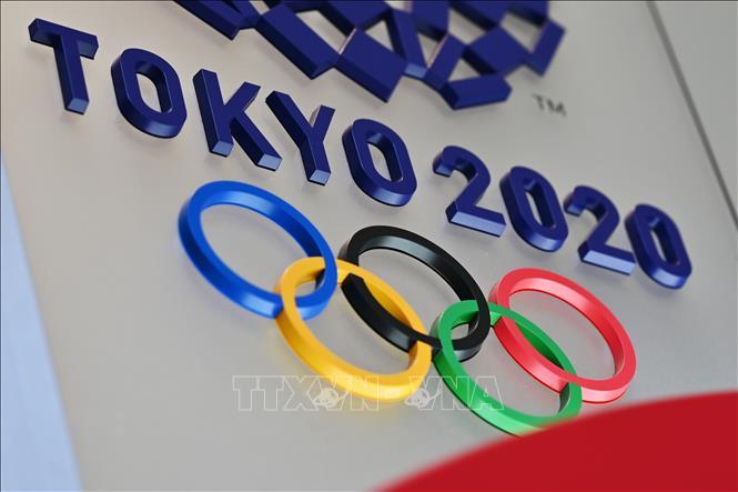 Biểu tượng Olympic Tokyo 2020 tại thủ đô Tokyo, Nhật Bản, ngày 15/3/2020. Ảnh minh họa: AFP/TTXVN