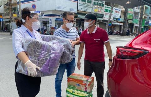 Trung tâm tổ chức sự kiện Sài Gòn ISAI: Thăm, tặng quà cho lực lượng tuyến đầu chống dịchCovid – 19 tại bệnh viện Chợ Rẫy
